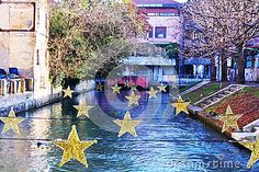 Decorative yellow stars on Sile river in Treviso city, during winter holidays, in Italy, Europe. Treviso Italy, Rome Italy, Italy Holidays, Winter Holidays, Rome Travel, Italy Travel, Top Destinations, Italy Vacation, Travel Guides