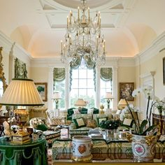 Iconic Interior Designers: Alberto Pinto :: This Is Glamorous English Country Style, Classic Living Room, Top Interior Designers, Classic Interior, Beautiful Interiors, Home Decor Inspiration, Great Rooms, Decoration, Family Room