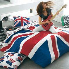 British Style in Teen Girl Bedroom Interior Ideas Teen Music Bedroom, Teen Bedroom Colors, Teen Girl Bedrooms, Bedroom Themes, Bedroom Designs, Bedroom Ideas, British Decor, British Style, British Fashion
