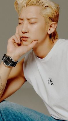 Park Chanyeol Exo, Kyungsoo, Exo Lockscreen, Z Cam, Exo Members, Chinese Boy, Celebrity Dads, Celebrity Style, Chanbaek