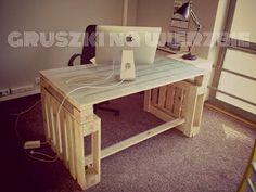 Muebles de palets: 3 palets bastan para construir un escritorio para ...