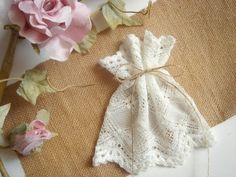 Lace favor bags for wedding