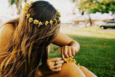 flower chains #boho #prettyhair