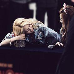 #Hyoyeon #Jessica #SNSD