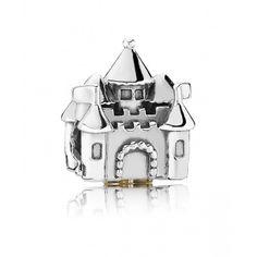 Dans tous les contes de fées, il y a un prince et son château! Charm bicolore château - Pandora - 79€
