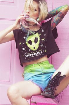 Pastel hair, pastel goth, nu goth, soft grunge, pastel colours, scene style, pink, unicorns, accessories, fashion, style, tights