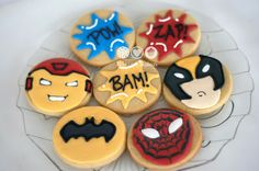 Biscoitos de Super Heróis - Super hero decorated cookies
