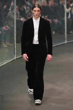 givenchy-fw14_fy3