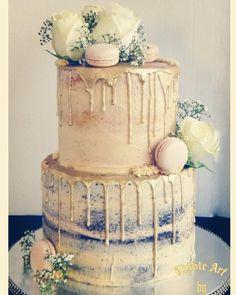 Golden drip cake;) by sophia haniff - http://cakesdecor.com/cakes/250450-golden-drip-cake
