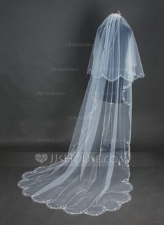 Two-tier Cathedral Bridal Veils With Scalloped Edge (006076542) - JJsHouse