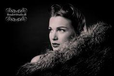 boudoirstudio fotograferer sensuelle vintage boudoir billeder