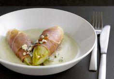 Endives au jambon cru, sauce au roquefortVoir la recette desEndives au…
