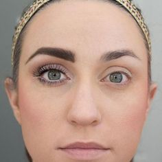 Big eyes appear youthful, wide awake and healthy. We aren't all born with oversized peepers though, and that's where some artful makeup tricks come into play. Here are 9 key steps to make your eyes look bigger and as beautiful as possible.