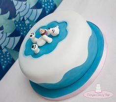 Winter Birthday Cake :) Fondant Polar bear & cupcake! TFL...