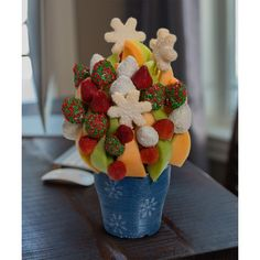 Snowflake Blossom scent free fruit bouquet are great for all occasions and make great gifts ideas or decorations from a proud Canadian Company. Great alternative to traditional flowers or fruit baskets
