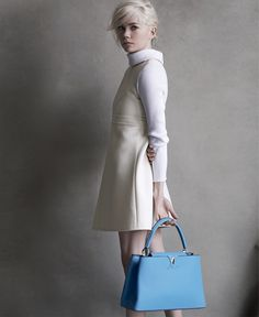 Michelle Williams with the Louis Vuitton Capucines Handbag in bleuet