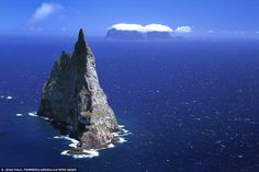 This must be just like living in paradise... Balls Pyramid: (Lord Howe Island, New South Wales, Australia)