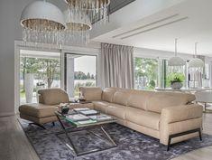 Z systemu modułowego Volta #GalaCollezione możesz konfigurować różne sofy - i mniejsze, dwusiedziskowe, i większe - w kształcie narożnika. Może być on wyposażony w bar ze schowkiem, który sprawdzi się jako mały stolik.  #GalaCollezioneInspiruje #GalaCollezioneInspires #inspiracje #inspiration #desgin #interiordesign #furnituredesign #homedesign #livingroom #cornersofa #narożnikwypoczynkowy #aranżacje #wnętrza #modnewnętrza #stylglamour #skórzanynarożnik Sofy, Bar, Future, Decor, Future Tense, Decoration, Decorating, Deco