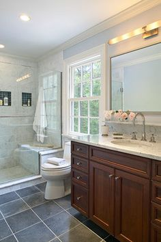 East Hampton Colonial - traditional - bathroom - new york - Kitchens & Baths, Linda Burkhardt