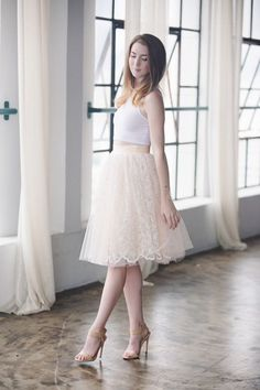 lace skirt, midi skirt, bridesmaid outfit inspiration