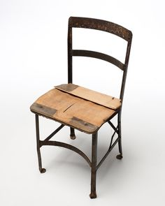 CH109-Metal-Wood-Seat-Farm-Chair.jpg