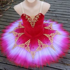 Beautiful Ballet tutu...would love to wear this! I think now I have an obsession with beautiful ballet costumes since Cinderella