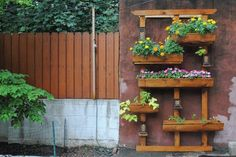 How to Build a Vertical Garden for Your Backyard | Apartment Therapy