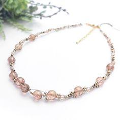 キレイ色の丸玉ガラスのネックレス(ピンクトパーズ) Minne, Beaded Necklace, Beads, Accessories, Jewelry, Beaded Collar, Beading, Jewlery, Pearl Necklace