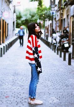Jumper:Revolve Clothing/ Jeans:Replay/ Shoes:Converse (image:dulceida)