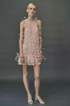 J. Mendel Resort 2018 Fashion Show