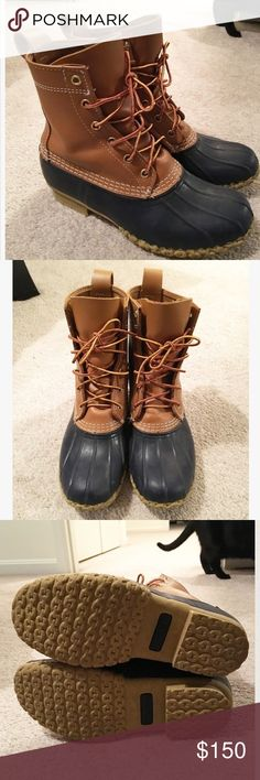 L.L Bean • Navy Bean Boots ⛔️ - In excellent condition. Worn only 2-3 times. Size 7. These run big, I'm typically a size 8 and these fit perfect (Not with thick socks) - Not eligible for extra 30% off. Let me know if you have any questions! ✨ PLEASE use OFFER button if interested! - Priced High because of Poshmark Fees. L.L. Bean Shoes Winter & Rain Boots