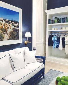 Navy grasscloth wall