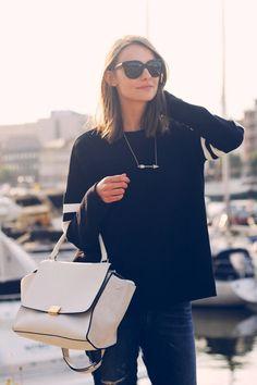 Elegant Sweater & Beige Bag : Streetstyle Inspiration : MartaBarcelonaStyle's Blog