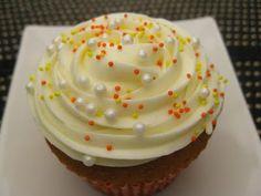 Vanilla Cupcake & Cream Cheese Icing