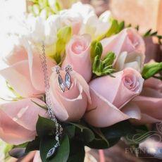 pink-light-roses-freesia-wedding-bouquet-in-prague