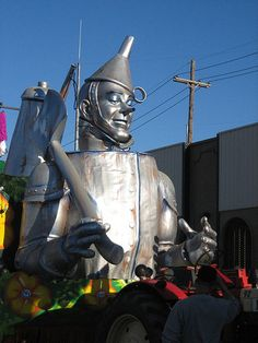 Tin man sculpture