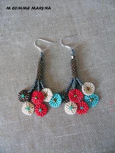 RÉSERVÉES !!! Boucles d'oreilles miyuki tissées main peyote originales Fleurs Kaki, Bronze, Crème, Rouge et Turquoise : Boucles d'oreille par m-comme-maryna