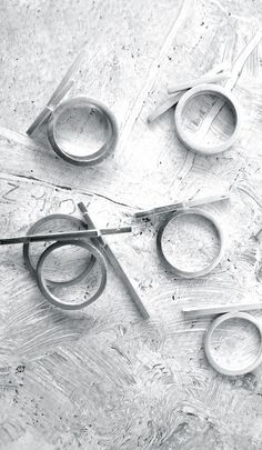 Linear Rings - contemporary jewellery design // Ana Pina