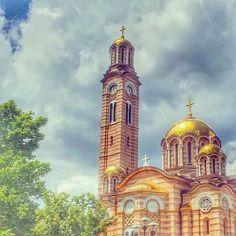 """ #hramhristaspasitelja #banjaluka #republikasrpska #ljubav #church #sunnyday #spring #magnificent #art #instaart #photography…"""