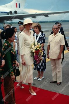 November 3 1989: Diana, Princess of Wales arriving in Indonesia