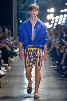 Murilo Lomas    Spring Summer 2017 Primavera Verrano - #Menswear #Trends #Tendencias #Moda Hombre - F.Y!