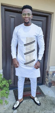 African Wear Styles For Men, African Shirts For Men, African Attire For Men, African Clothing For Men, Latest African Fashion Dresses, African Men Fashion, African Dresses For Women, Nigerian Men Fashion, Kurti Styles