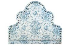 Ensemblier-casati-furniture-headboards-2-upholstery-fabric-wood