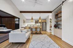 Range of small houses — Baahouse / Granny flats / Tiny House / Small houses / Brisbane / Australia wide Hut House, Tiny House Cabin, Modern Small House Design, Tiny House Design, Shed Homes, Kit Homes, Modern Bungalow House, Home Building Design, Small House Plans