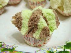 Indonesian Steam Cupcake (Bolu Kukus). Seems pretty simple.