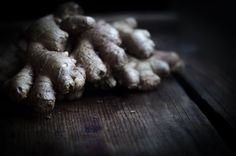Ginger Bug - making homemade ginger soda Ginger Soda, Ginger Bug, Real Food Recipes, Healthy Recipes, Water Kefir, Nourishing Traditions, Savarin, Peeling, Fermented Foods