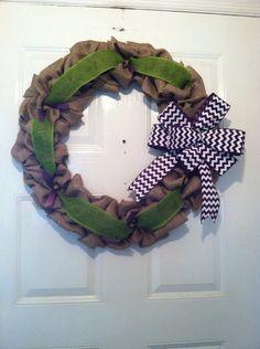 #craftshout Burlap Wreath. Summer Wreath. Spring by ElsiesCreativeDesign