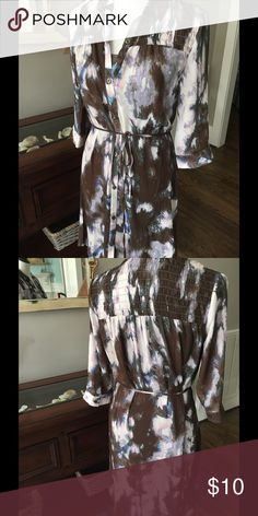 """Simply Vera Vera Wang dress Semi-sheer button down outer layer in watercolor print, shirt dress style. Attached stretchy inner slip dress in gray. Elasticized gathering at shoulders, tie at waist. Sleeves are about elbow length with button hem. Approx. 35"""" long. Like new! Simply Vera Vera Wang Dresses"""