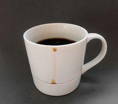 杯緣水不會滴下來的咖啡杯 | MyDesy 淘靈感 表面有特別溝槽的杯子