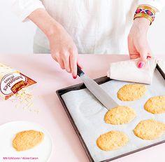 Quel est le secret pour des tuiles parfaites ? Découvrez le conseil d'Anne-Sophie, gagnante de l'émission Le Meilleur Pâtissier saison 3.